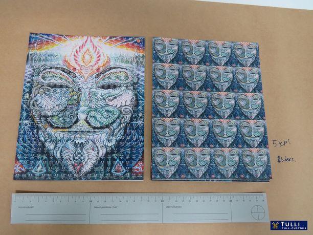 Douppikauppa salakuljetti Suomeen kahden vuoden aikana muun muassa yli 30 000 lappua LSD:tä.