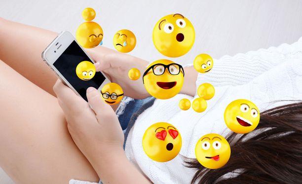 Älypuhelimessa on läjäpäin koukuttavia ominaisuuksia ja mahdollisuuksia.