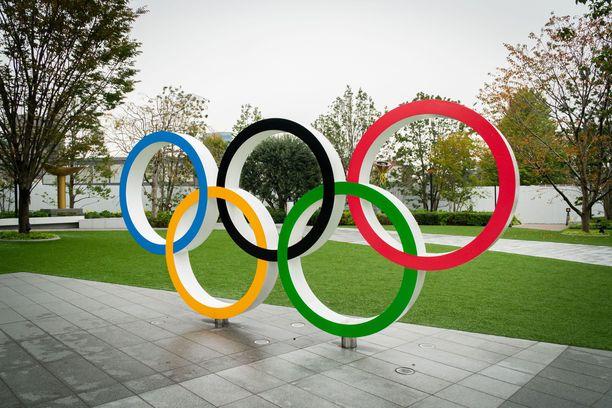 Olympiarenkaat Tokiossa. Kuvituskuva.
