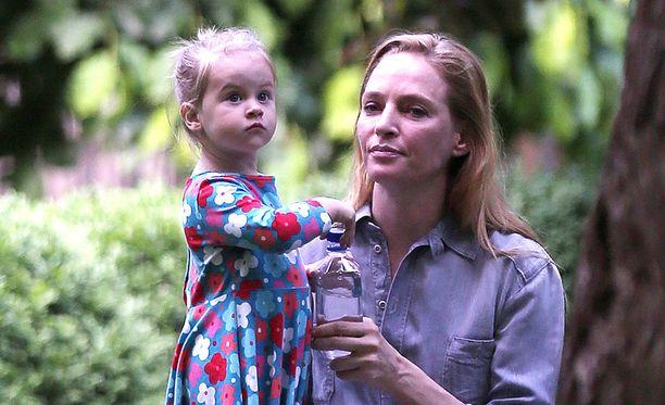 Uma Thurmanin tytär on Rosalind Arusha Arkadina Altalune Florence.