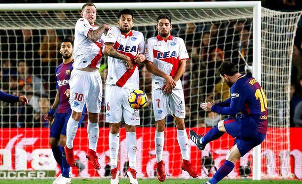 Leo Messin vapari takasi kaikki kolme sarjapistettä Barcelonalle.