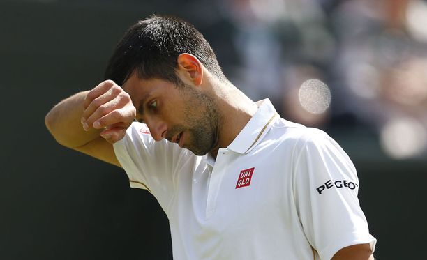 Novak Djokovic on ulkona Wimbledonista.
