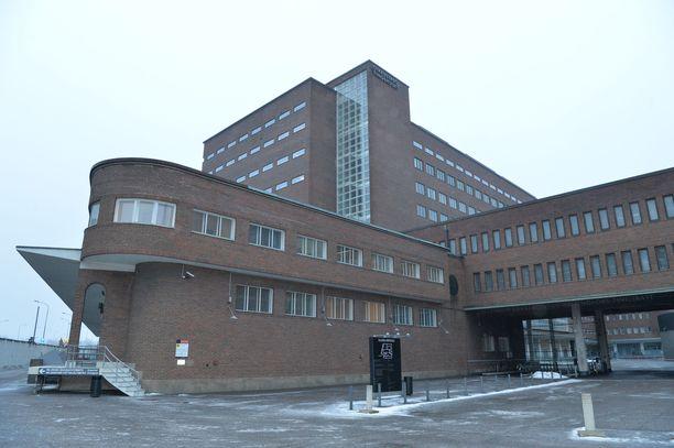 Arabianrannan henkirikoksesta epäilty mies on vangittu perjantaina Helsingin käräjäoikeudessa.