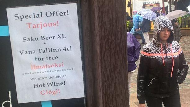 """Vanhan kaupungin baarin """"erikoistarjouksessa"""" XL oluen ja snapsin hinnaksi osoittautuu 12 euroa!"""