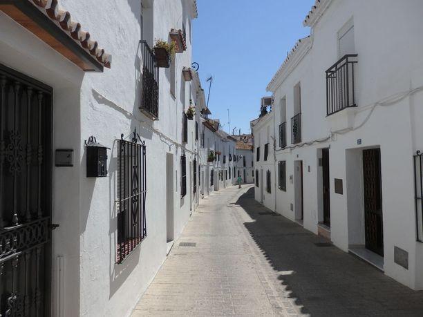 Naista etsittiin muun muassa kuvassa näkyvästä Espanjan Mijaksesta.