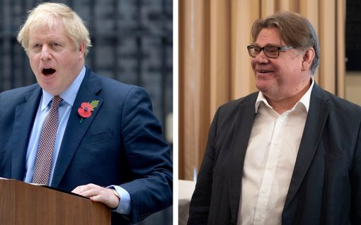 Timo Soini kertoi Joonas Nordman Show'ssa häkellyttävästä tilanteesta Boris Johnsonin kanssa - Tiina-vaimo täräytti yllättävän kommentin