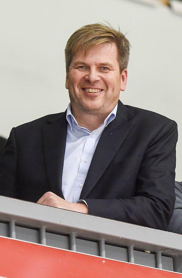 Heikki Hiltunen asuu Espoossa ja käy töissä Vantaalla.