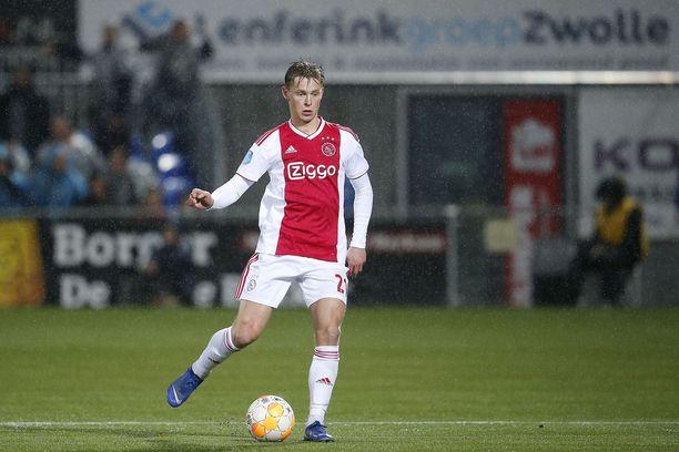 Frenkie de Jong on nyt Barcan mies.