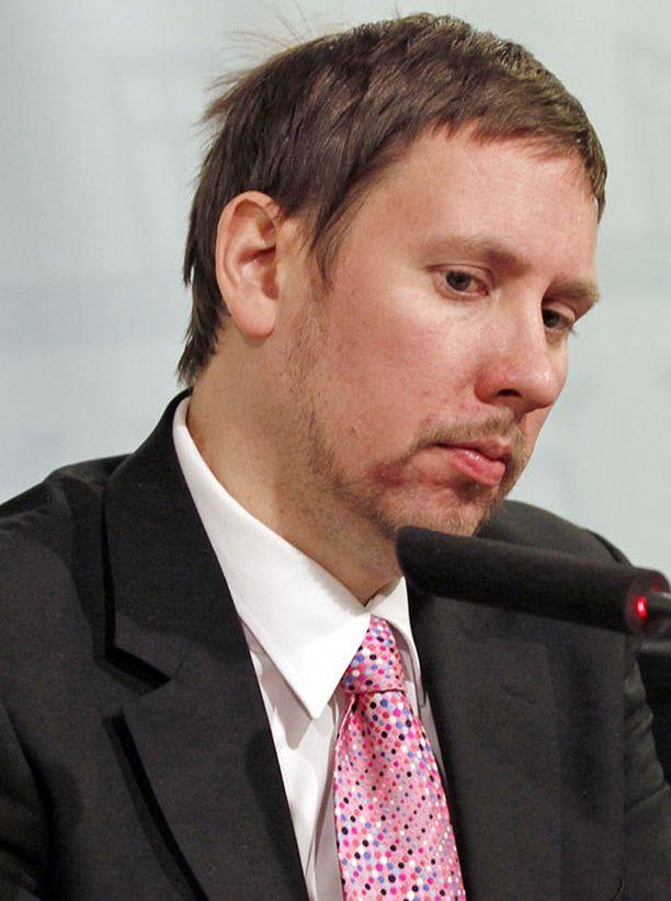 Paavo Arhinmäki jätti viime elokuussa Musiikkitalon avajaiset väliin.