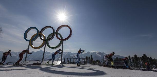 Talviolympialaiset on järjestetty Euroopassa viimeksi vuonna 2014, jolloin kisakeskuksena oli Venäjän Sotši. Vuoden 2018 kisat pidettiin Etelä-Korean Pyeongchangissa, vuonna 2022 kilpaillaan Kiinan Pekingissä.