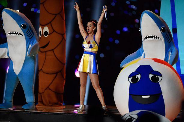 Katy Perry häikäisi show'llaan.