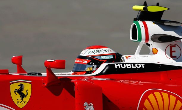 Kimi Räikkönen oli perjantain toiseksi nopein ukko.