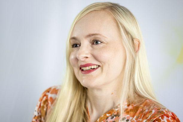 Maria Ohisalo hehkui onnea odotetun ja toivotun vauvauutisen jälkeen kesällä.