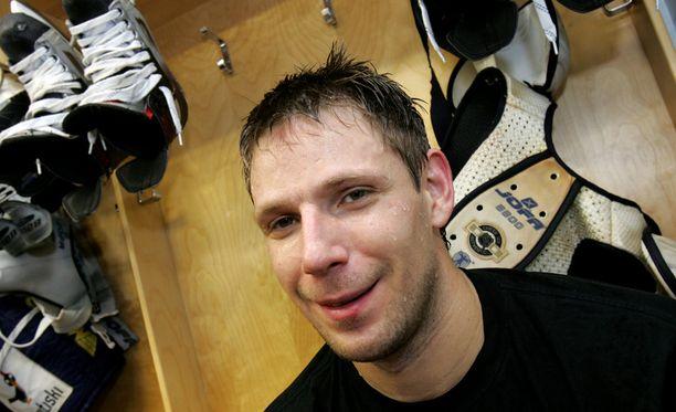 Petri Pakaslahti pelasi pitkään Jokereissa.