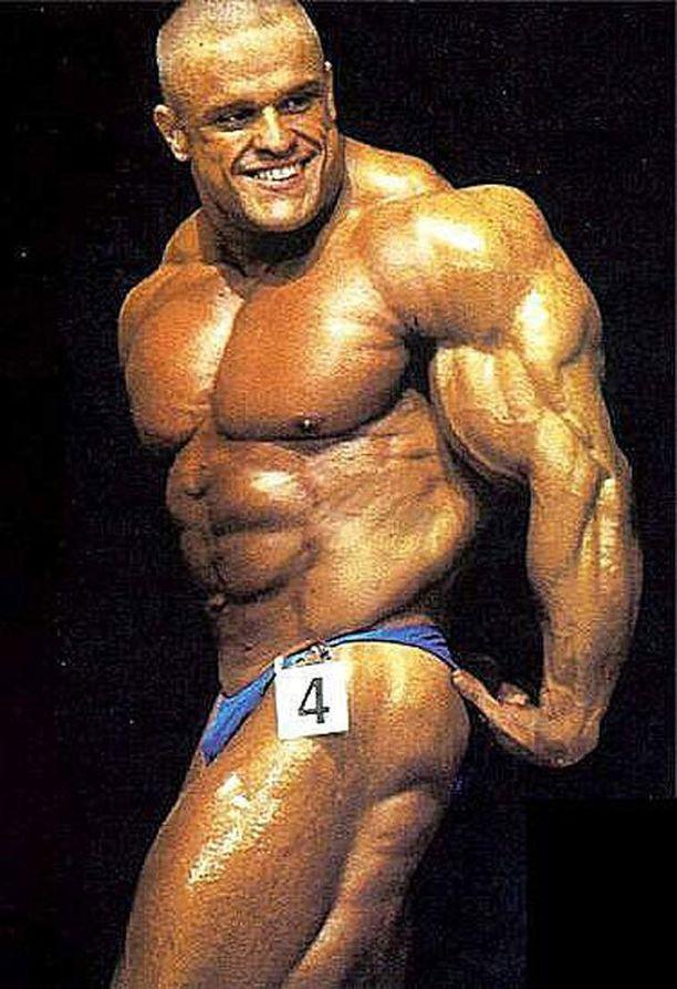 Kuva huippuvuosilta kertoo, miksi Marko Savolainen sai lempinimen Supermassa.