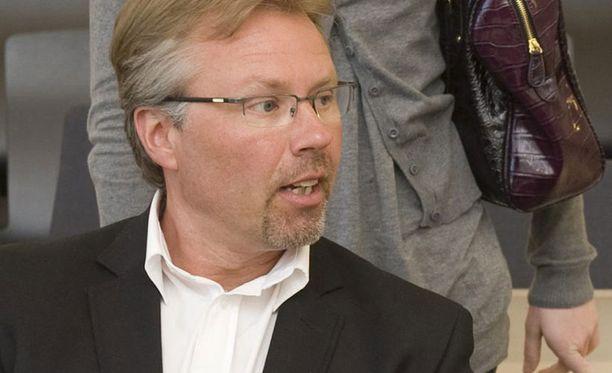 Jyrki Järvilehto oli juhannuksen alla osallisena veneturmassa Tammisaaressa. Hänen ystävänsä kuoli onnettomuudessa.
