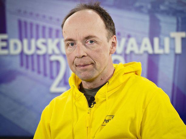 Perussuomalaisten puheenjohtaja Jussi Halla-ahon mukaan etnonationalistinen ajattelutapa ei kuulu puolueeseen.