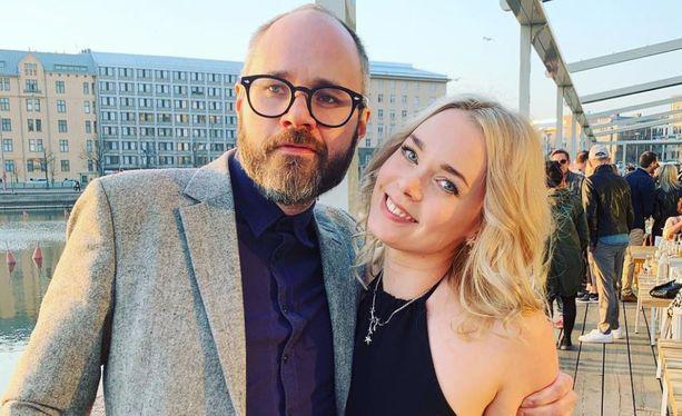 Tuomas Enbuske ja Sarin Antila tapasivat Tavastialla vuonna 2017.