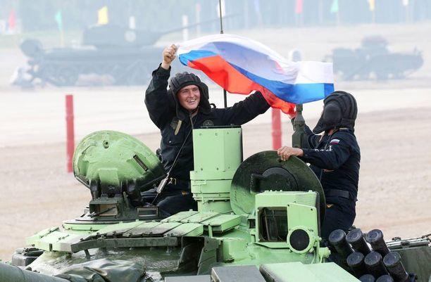 Venäläinen tankki T-72. Kuvituskuva.