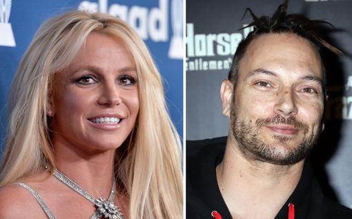 Britney Spearsin lasten isä kannattaa holhouksen päättymistä yhdellä ehdolla