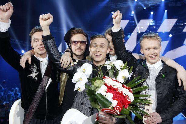 Kuvassa Softengine-yhtye vuonna 2014 UMK-kilpailussa.