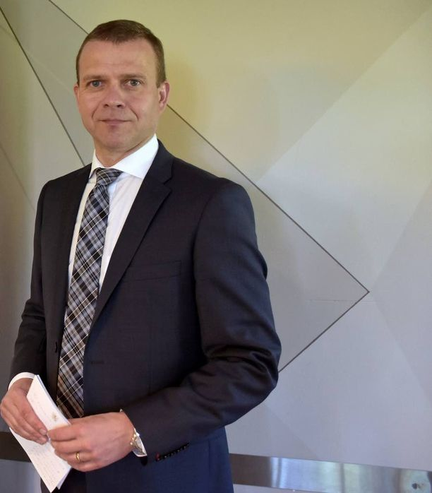 """Sisäministeri Petteri Orpon mukaan Suomeen kohdistuva vakoilu tulee """"aika odotetuista suunnista""""."""