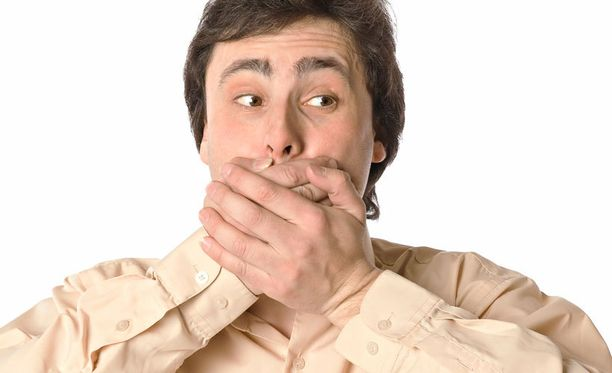 Osa koehenkilöistä havaitsi tutkimuksen aikana, että heillä oli tapana liioitella tekemisiään ja turvautua tekosyihin esimerkiksi ollessaan myöhässä tapaamisesta. Osa taas keksi, että oiva keino välttää valehtelu on vastata ongelmalliseen kysymykseen toisella, kysyjän harhauttavalla kysymyksellä.