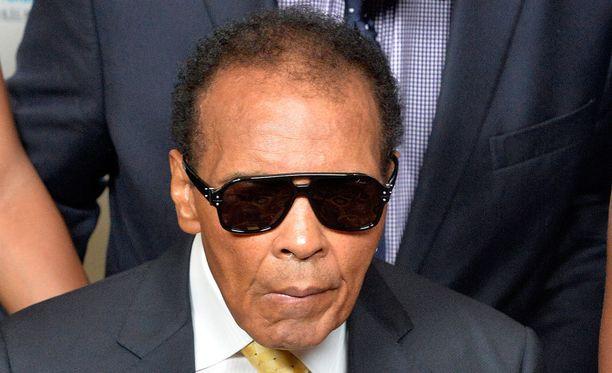 Muhammad Ali on useiden eri medioiden tietojen mukaan joutunut sairaalahoitoon. Kuva vuodelta 2014.