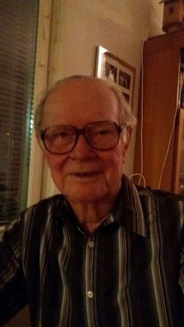 Vilho Kokki, 93, oli paikalla, kun Raaseporin tuhoisassa tasoristeyksessä tapahtui onnettomuus vuonna 1940.