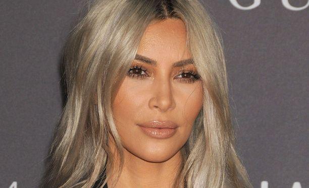 Kim Kardashian on tunnettu yhdysvaltalainen tosi-tv-esiintyjä.