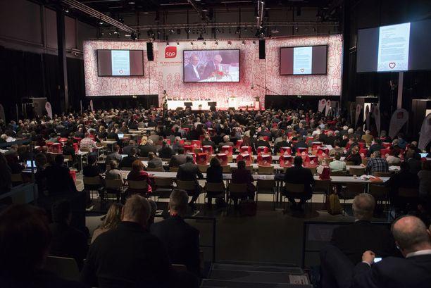 SDP linjaa kantojaan puoluekokouksessa myös arvokysymyksiin.