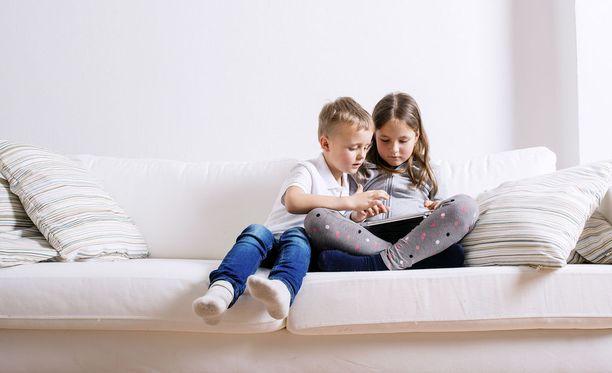 Muutaman kuukauden kuluttua alle 13-vuotiaalla on oltava vanhempien lupa sosiaalisen median käyttämiseen.
