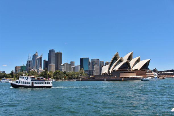 Perhe on kotoisin Sydneystä.