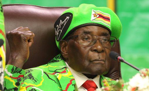 Robert Mugabe on hallinnut Zimbabwea vuodesta 1980.