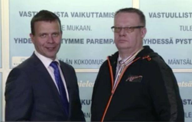 Petteri Orpo kehui Tommi Auraa vaalivideolla.