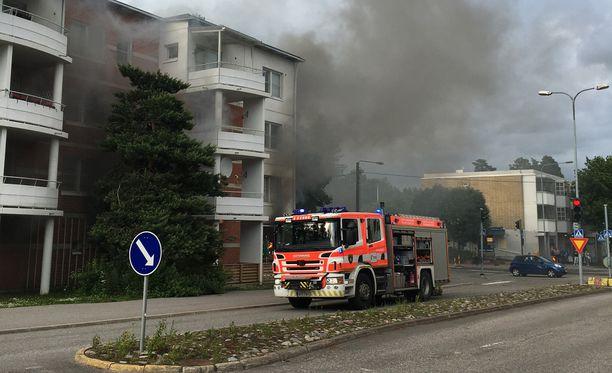 Espoon Leppävaarassa sijaitseva kivenjalkapizzeria tuhoutui juhannuksena räjähdysmäisessä palossa.