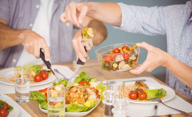 Pienillä muutoksilla on iso vaikutus. Kuten vaikka sillä, että jokaisella aterialla lisätään kasvisten määrää.