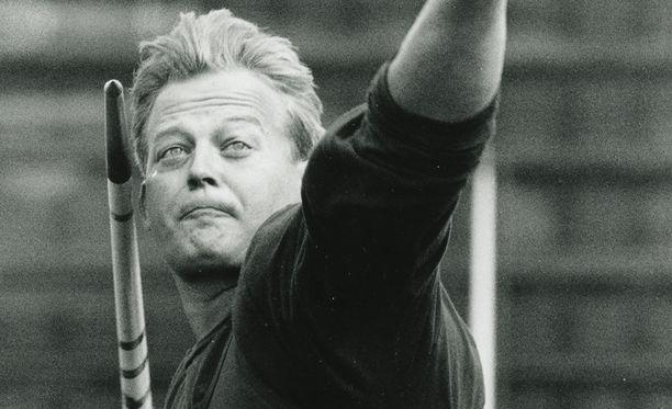 Seppo Räty ei himmaillut kauden avauksessa 1991.
