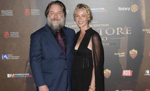Russell Crowe ikuistettiin tunnistamattomana Roomassa kesäkuussa 2018.