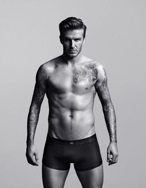Ostaisitko tämän miehen alusvaatteita? Mmmm, niin minäkin.