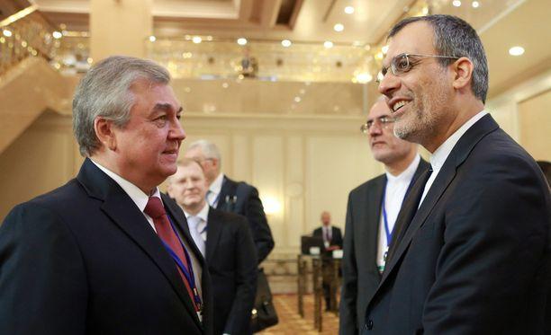 Venäjän edustaja Alexander Lavrentiev ja Iranin varaulkoministeri Hossein Jaber Ansari tapasivat Syyria-neuvotteluissa.