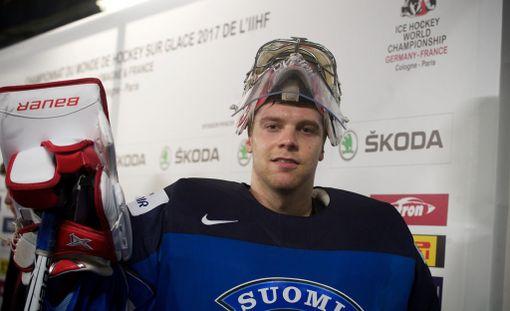 Harri Säteri kertoo erikoisesti episodista KHL:ssä.