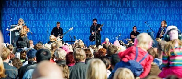 Muiden Elonkerjuu-muusikoiden ilman Lauri Tähkää pyörittämä yritys teki myös jättivoitot.