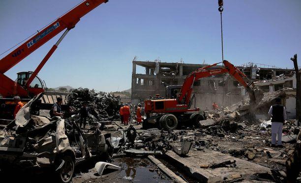 Kabulissa räjähti tuhoisa autopommi keskiviikkona.