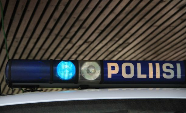 Kaikkiaan 16 kunnassa, joissa on vastaanottokeskuksia, hätämajoitusta tai ryhmäkoteja, ei ole poliisipalveluita.