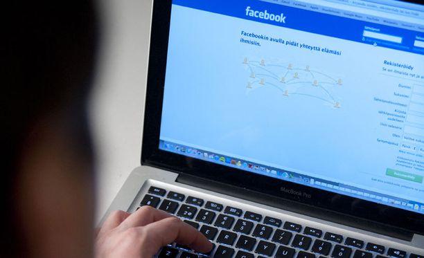 Facebook on suhteellisen helppo paikka riidellä.