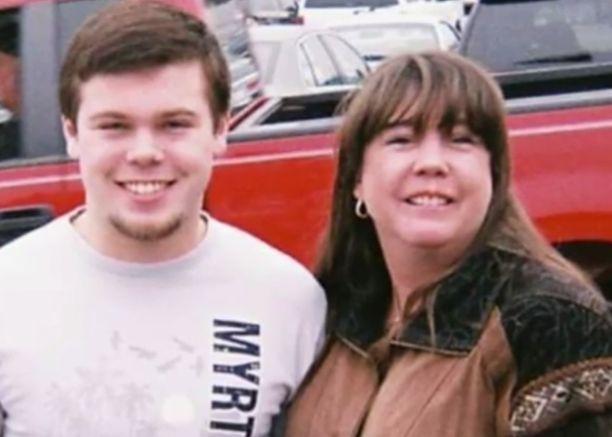 Leyla Cox oli kotoisin Staten Islandilta. Hänen poikansa Will ei ole tyytyväinen Dominikaanisen tasavallan toimiin äidin kuoleman selvittämisessä.