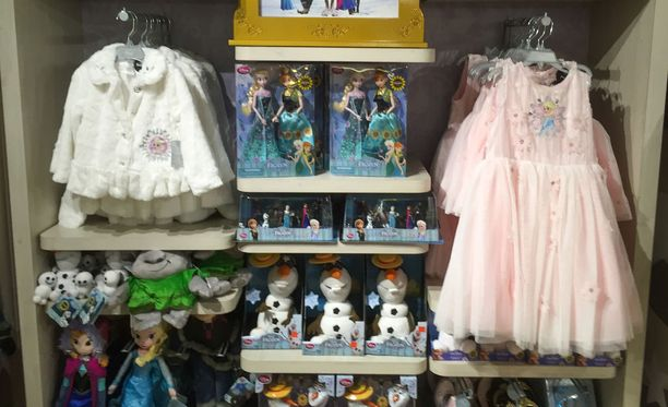Frozen-tuotteilta ei voi tänä päivänä välttyä lastentarvikeosastoilla.