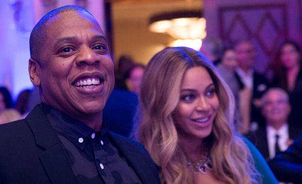 Beyoncen ja Jay-Z:n arvellaan jo valinneen kaksosilleen nimet.