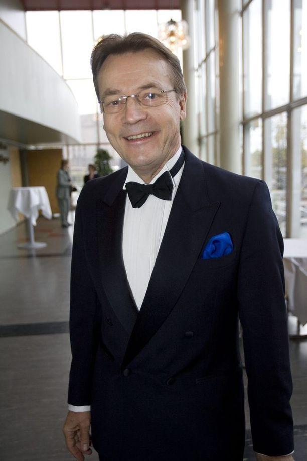 Timo T.A. Mikkonen tutki JFK:n murhaa vuosia.